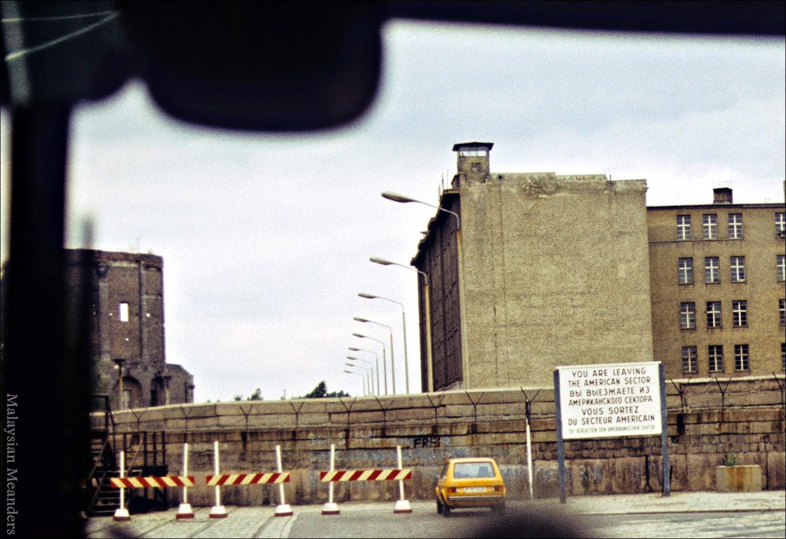 West Berlin, Berlin Wall