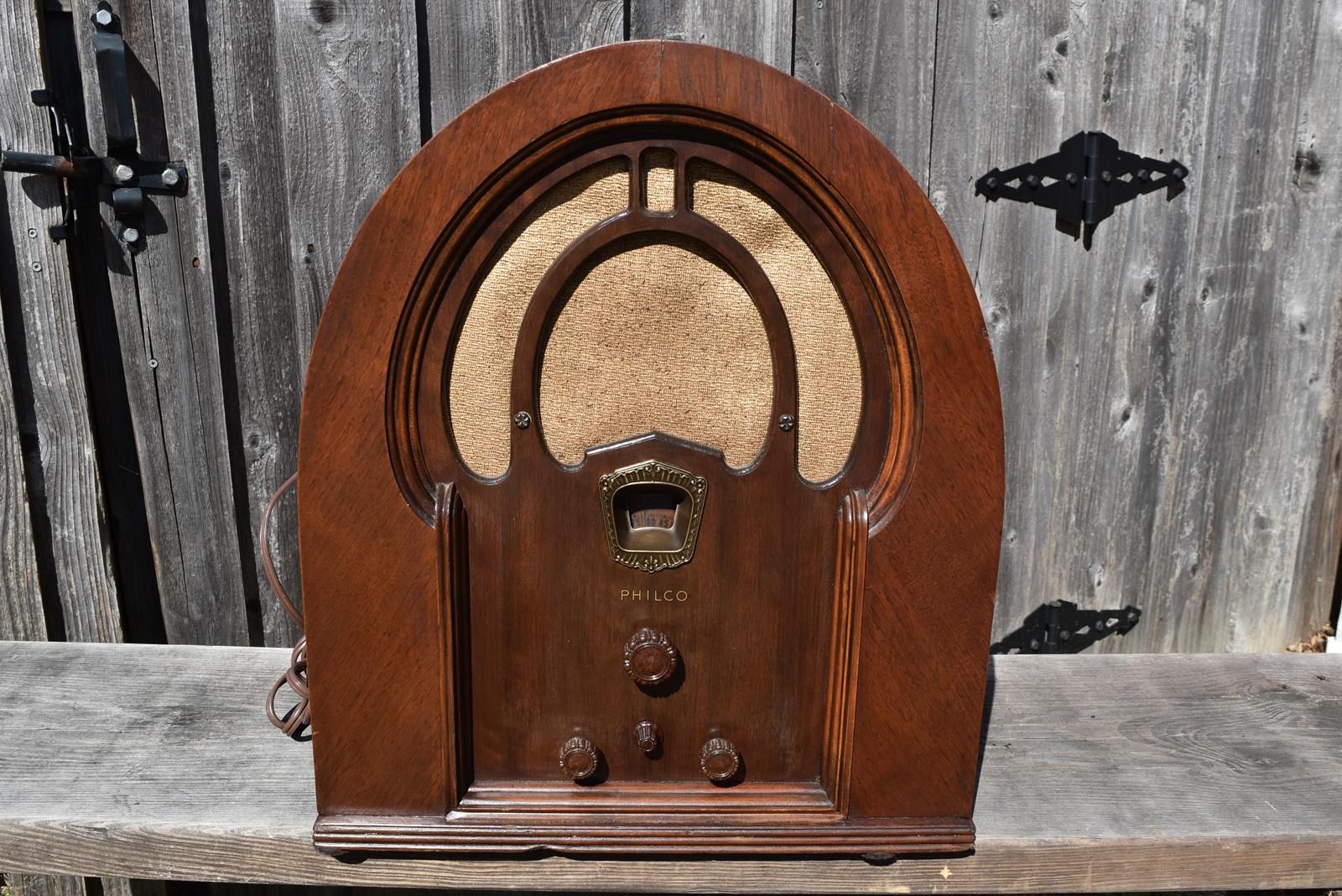 Pomona Radio 1888 on your computer dial