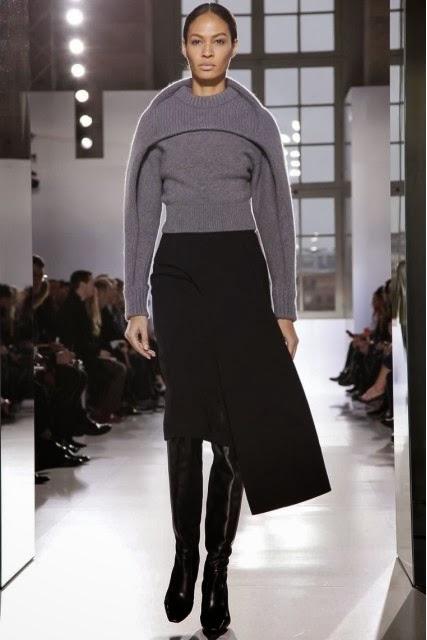 Balenciaga, Balenciaga-Fall-Winter, mercedes-benz-fashion-week, Fall-Winter, Fall-Winter-2014, Womenswear, womenswear-2014, ready-to-wear, pret-à-porter, fashion-week-milan, automne-hiver, fashion-week, milano-fashion-week, milan-fashion-week, mlf, mlf14, mlf2014, paris-fashion-week, fashion-week-paris, pfw, pfw14, pfw2014, du-dessin-aux-podiums, blog-mode-femme, blog-sur-la-mode, online-fashion-magazine, mode-chic, new-mode , fashion-looks, milan-fashion, fashionweek, look-mode, mode-a-paris, paris-fashion, style-mode, accessoires-de-mode, ladieswear, in-fashion, blogs-mode, fashion-events, mercedes-fashion-week, paris-fashion-week-schedule, femme-mode, vetement-femme-solde, chaussures-isabel-marant, balenciaga-parfum, parfum-balenciaga, balenciaga-mens-sneakers