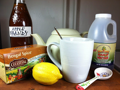 We Like to Cook, and Eat: Apple Brandy Hot Toddy