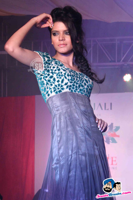 Model Walk the Ramp at Global Movie Independence Fashion Show  - (20) - Global Movie Independence Fashion Show Photos