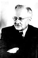 Kazimierz Ajdukiewicz Kimdir