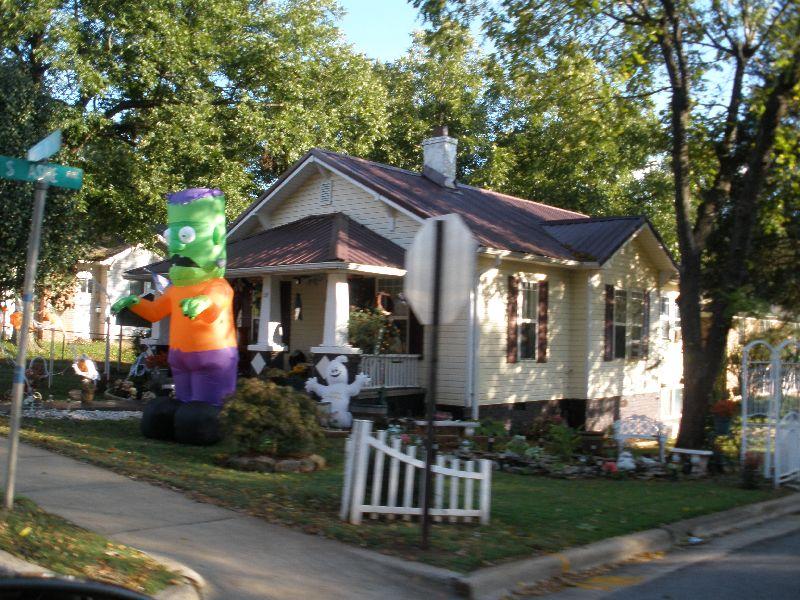 Unser Leben In Den Usa Hauser Mit Halloween Schmuck