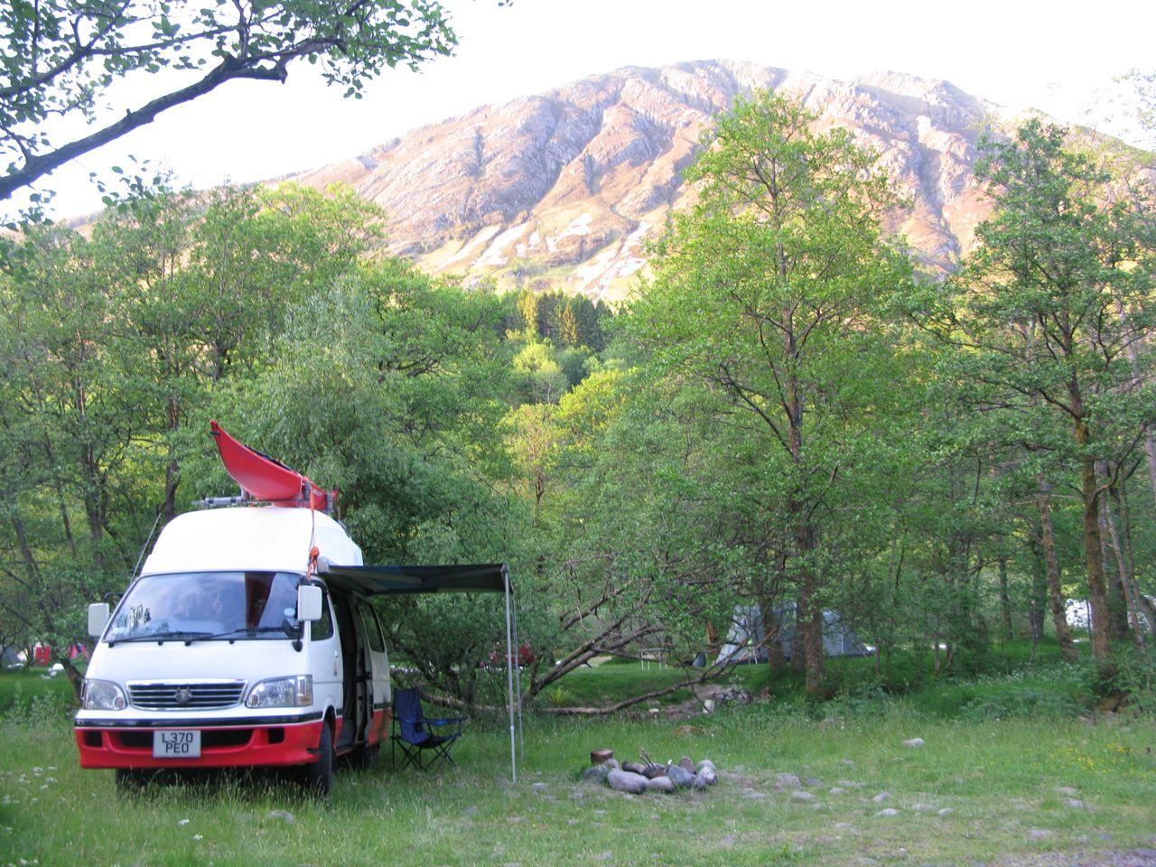 hiace hobo living in a toyota camper van ardmore forest. Black Bedroom Furniture Sets. Home Design Ideas