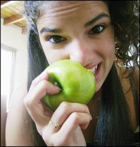 Y caer en la tentación de morder la manzana prohibida