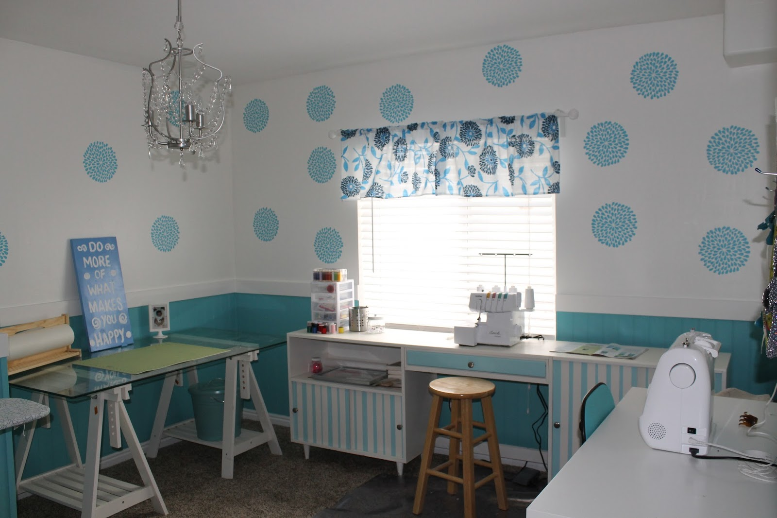 A peak into my sewing space the stitching scientist for Sewing room design ideas small space