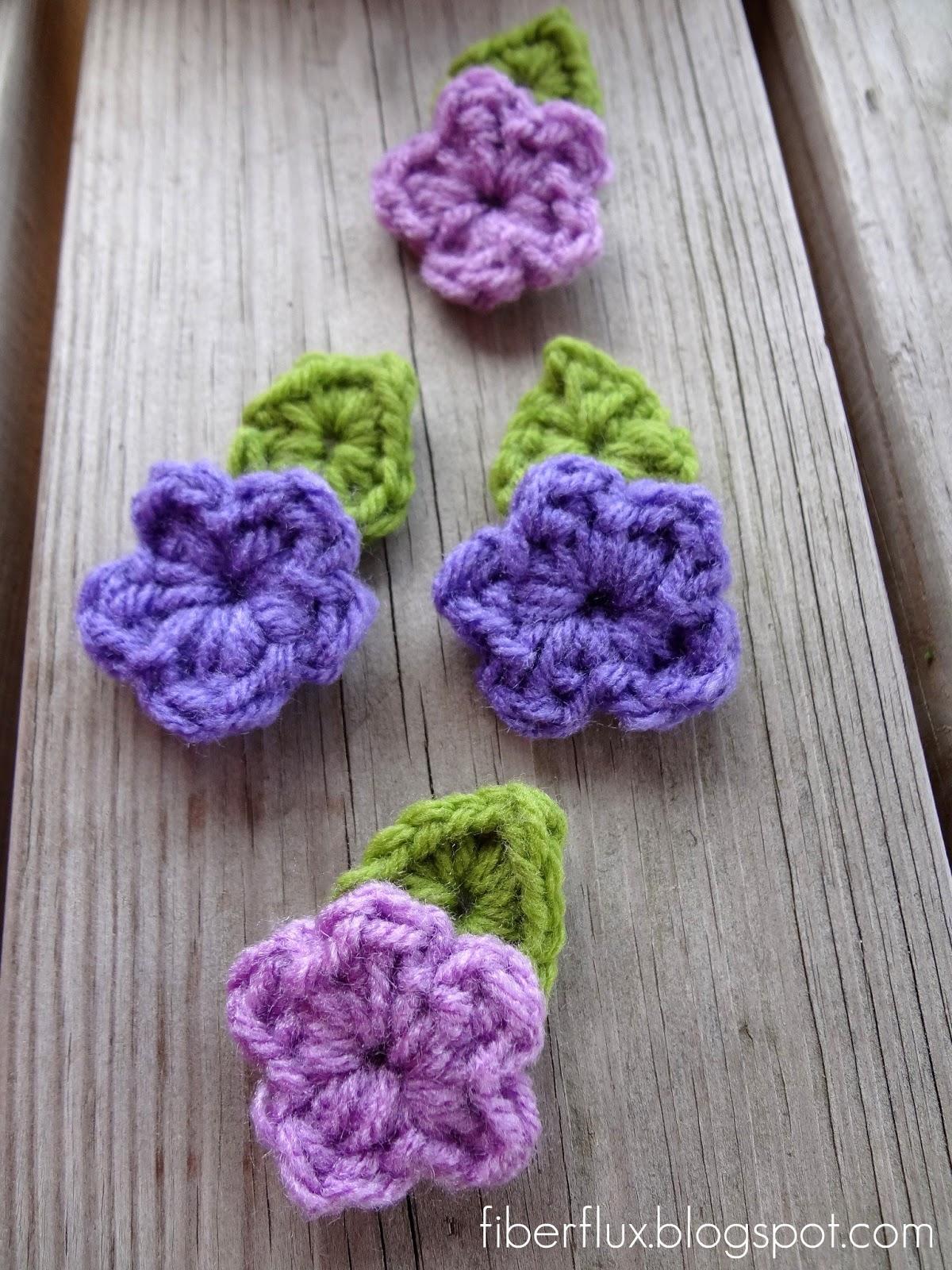 Free Crochet Flower Patterns With Stems : Fiber Flux: Free Crochet Pattern...One Round Leaf (With Stem)