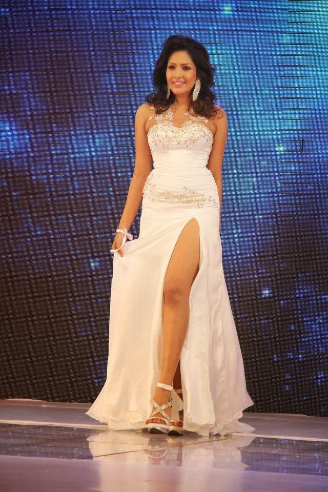 Siyatha Miss Sri Lanka 2013