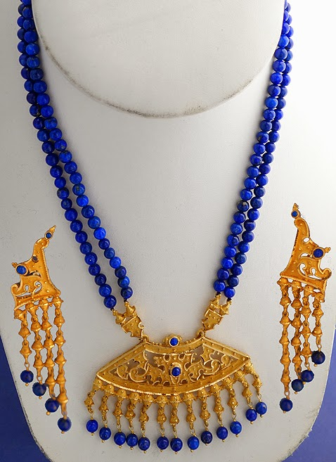 http://www.miranijewelers.com/necklaces.htm