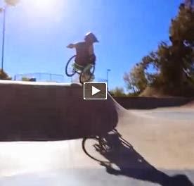 Video incredibili facebook freestyle su una sedia a rotelle for Vecchio in sedia a rotelle