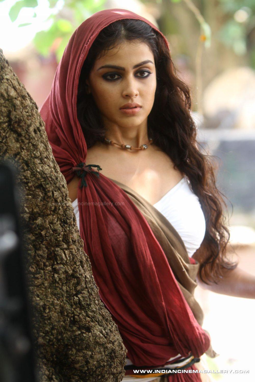 Genelia Dsouza South Indian Cinema Actress Bollywood Actress And Model Hot Bollywood Actress And Models Images