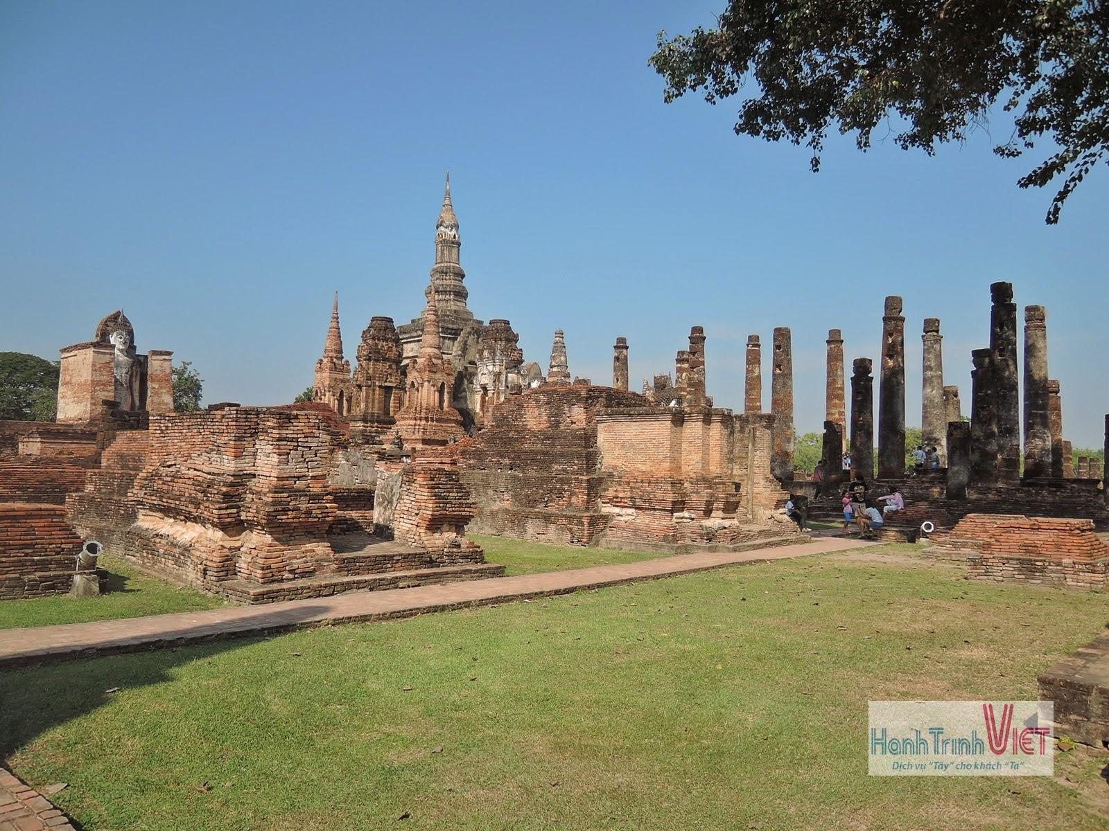 Tham quan đền Mahathat ở Chiêng Mai