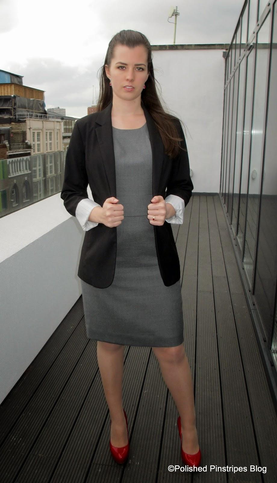 how to wear boyfriend blazer to work