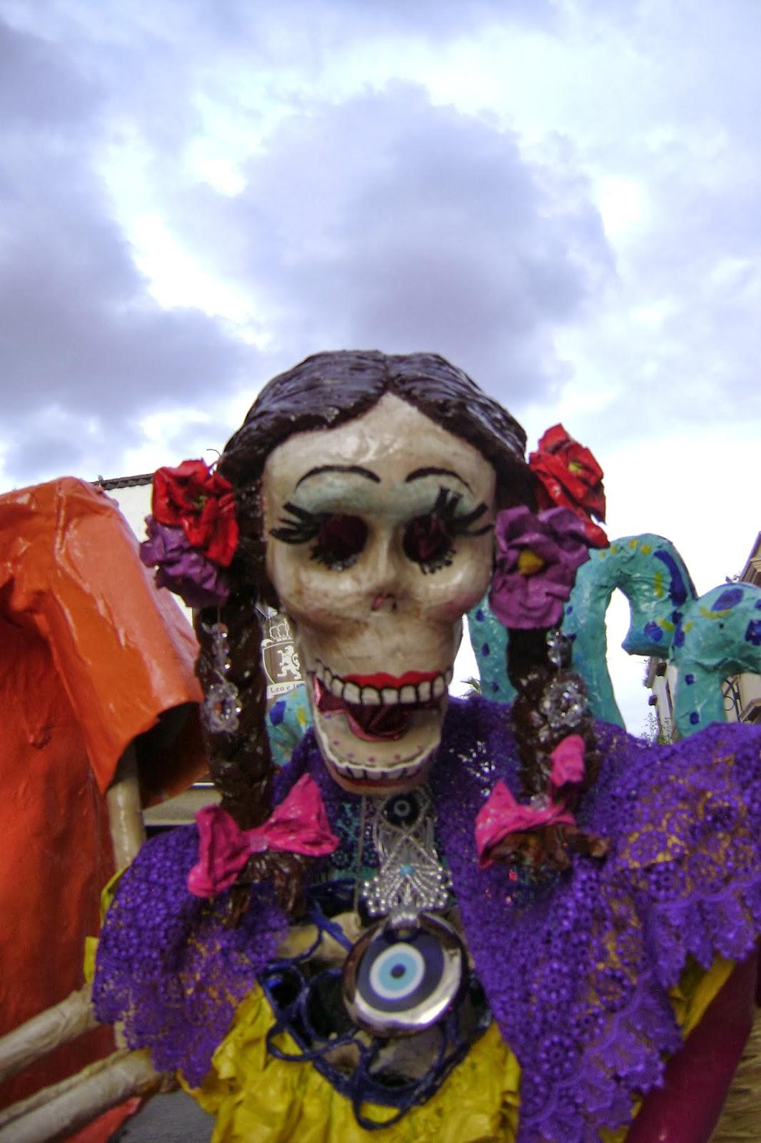Pues ayer y hoy tome fotos de las catrinas en Tlaquepaque estas son algunas de las que tome, seguire subiendo este fin.