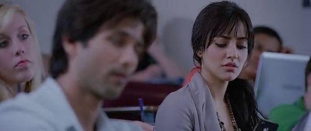 Watch Online Full Hindi Movie Teri Meri Kahaani 2012 300MB Short Size On Putlocker Blu Ray Rip