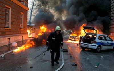 la-proxima-guerra-hambre-en-bosnia-desata-violencia-disturbios-protestas