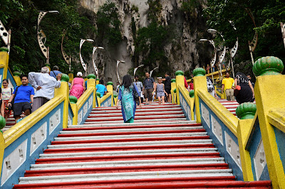 272 steps in batu caves