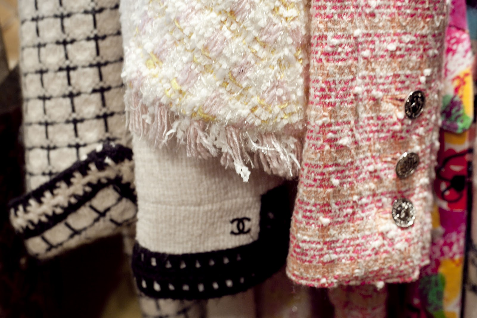chanel yarn. probably i\u0027m on the web looking for interesting images. in this period i have an obsession: little chanel bouclé jacket . yarn