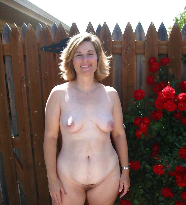 Nudist photo of the day