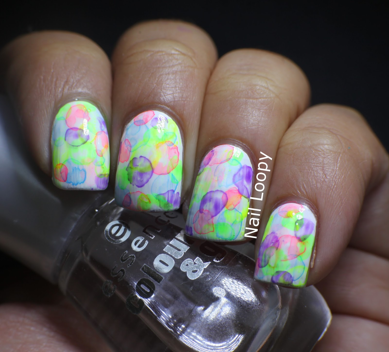 Nail Loopy: WATERCOLOUR BUBBLE NAILS