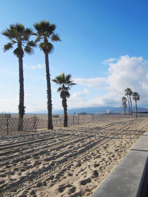Santa Monica beach on a sunny Southern California afternoon