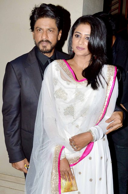 Shahrukh Khan and Priyamani beautiful white dress