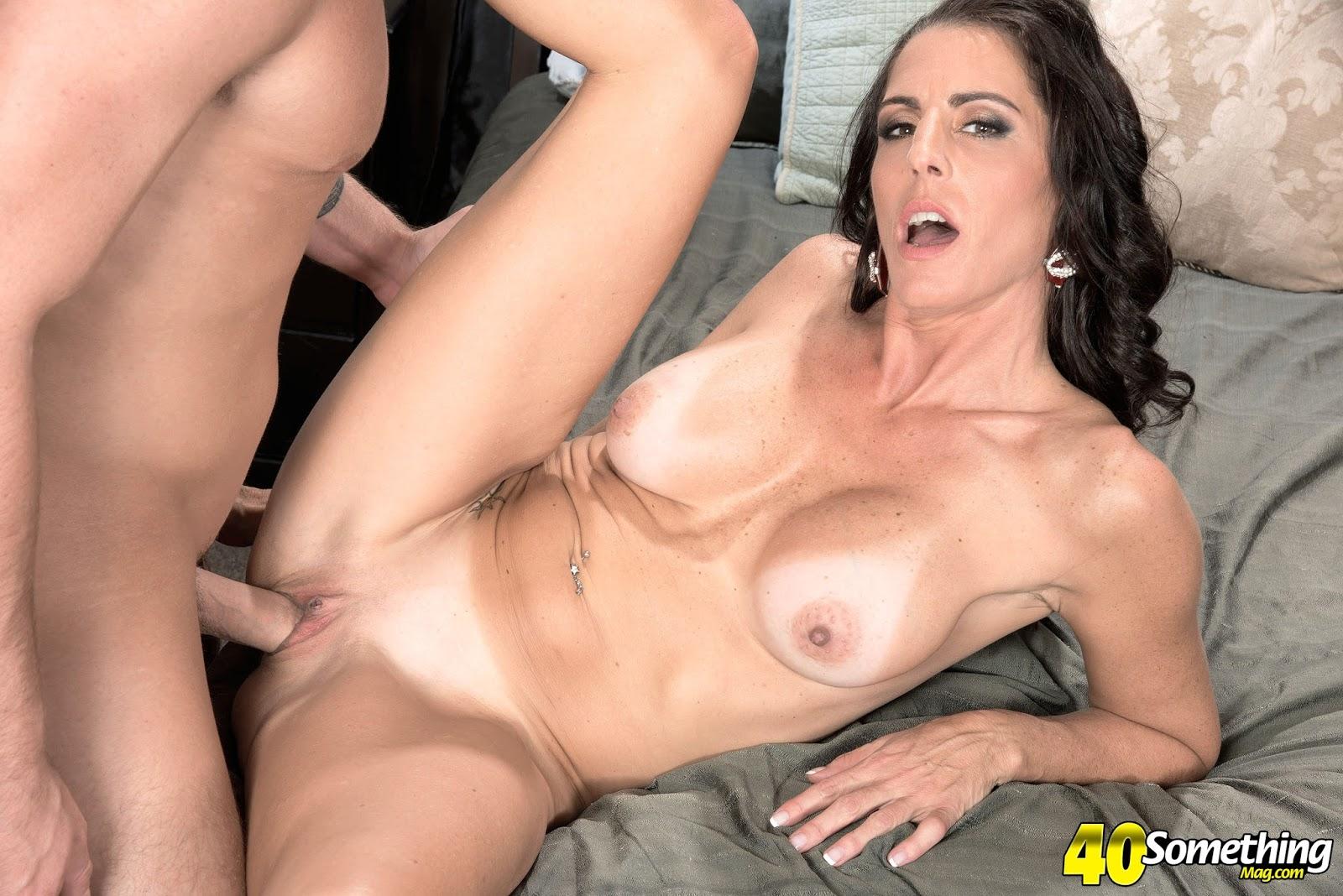hot nude pretty girls