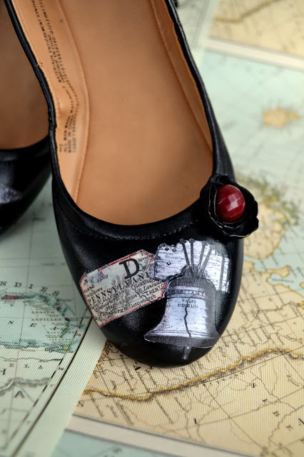 shoes decorated with decoupage