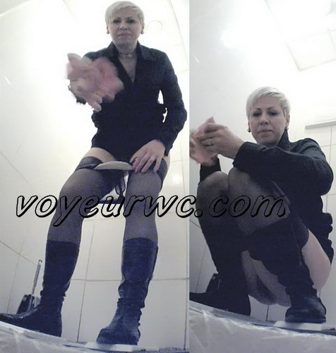 VB Piss 1656-1665 (Real women pee in toilet secret cam video)