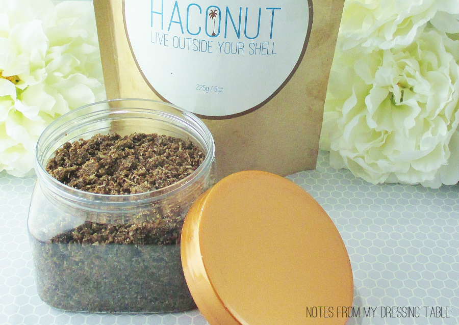 Haconut Natural Coconut Body Scrub Review in a Jar! notesfrommydressingtable.com