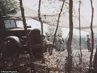 Photo Berwarna Satu-satunya saat Jerman takluk....!!! | http://poerwalaksana.blogspot.com/