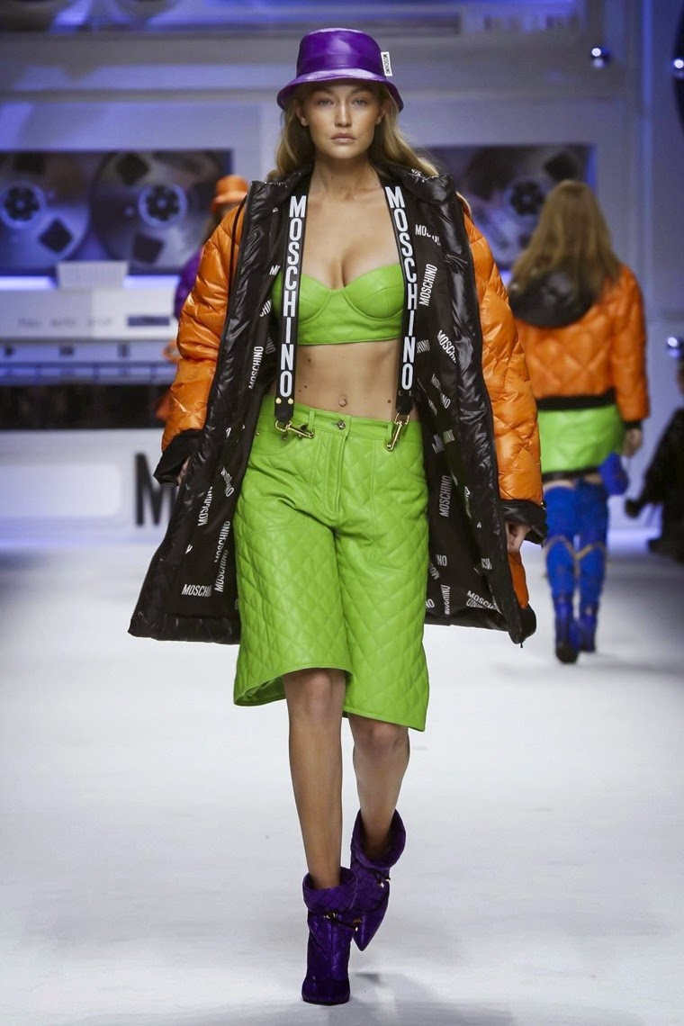 Moschino, Moschino AW15, Moschino FW15, Moschino Fall Winter 2015, Moschino Autumn Winter 2015, Moschino fall, Moschino fall 2015, du dessin aux podiums, dudessinauxpodiums, jeremy scott, jeremy scott Moschino, vintage look, dress to impress, dress for less, boho, unique vintage, alloy clothing, venus clothing, la moda, spring trends, tendance, tendance de mode, blog de mode, fashion blog, blog mode, mode paris, paris mode, fashion news, designer, fashion designer, moda in pelle, ross dress for less, fashion magazines, fashion blogs, mode a toi, revista de moda, vintage, vintage definition, vintage retro, top fashion, suits online, blog de moda, blog moda, ropa, asos dresses, blogs de moda, dresses, tunique femme, vetements femmes, fashion tops, womens fashions, vetement tendance, fashion dresses, ladies clothes, robes de soiree, robe bustier, robe sexy, sexy dress