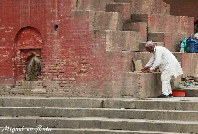 Guhyeshwori-Temple-Katmantu-Nepal-5