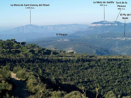 Sant Llorenç del Munt i els Cingles de Gallifa des del Camí del Soler de Bertí