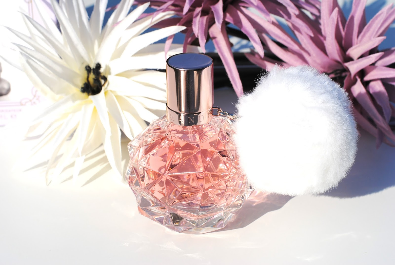 Ari by ariana grande perfume review among the stars perfume - Ari By Ariana Grande 29 95 For 30ml Exclusively Available At Douglas A Young Sweet Scent And A Very Pretty Bottle Not Bad For A Celebrity Fragrance