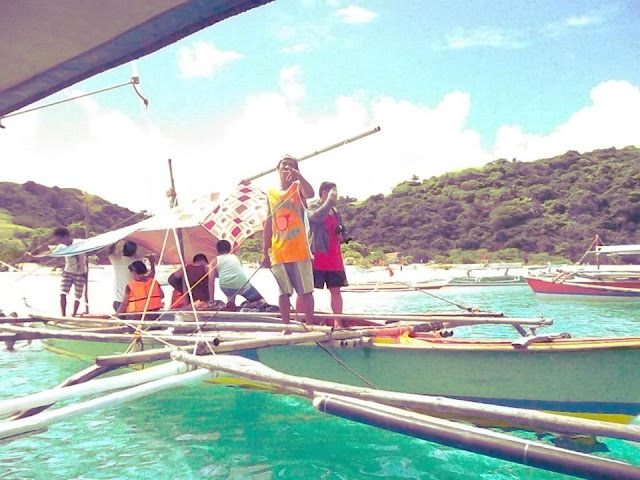 boatman in Calaguas