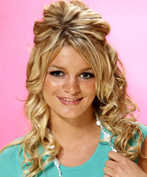 Formal Long Curly Hairstyle for Teenagers