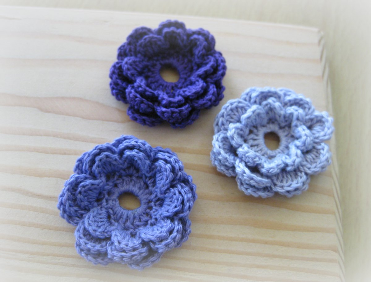 Crochet Cotton Thread Flowers—Free Pattern: Fast and Easy Six