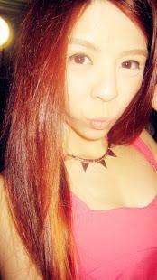 笑容可以给任何人, 但你的心, 只须给一个人就好 ! ♥