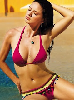 Adriana Lima Hot+(92) Adriana Lima Hot Picture Gallery