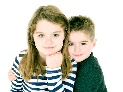 brother and sister, cousins, photographers, portraits, photography kirriemuir