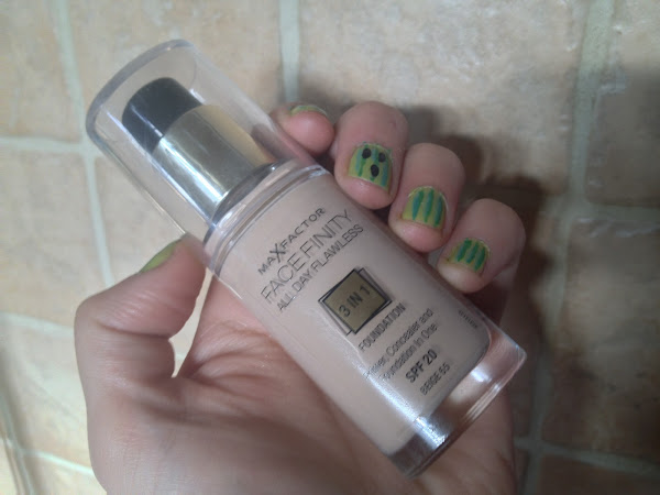 Review | Max Factor Face Finity Foundation