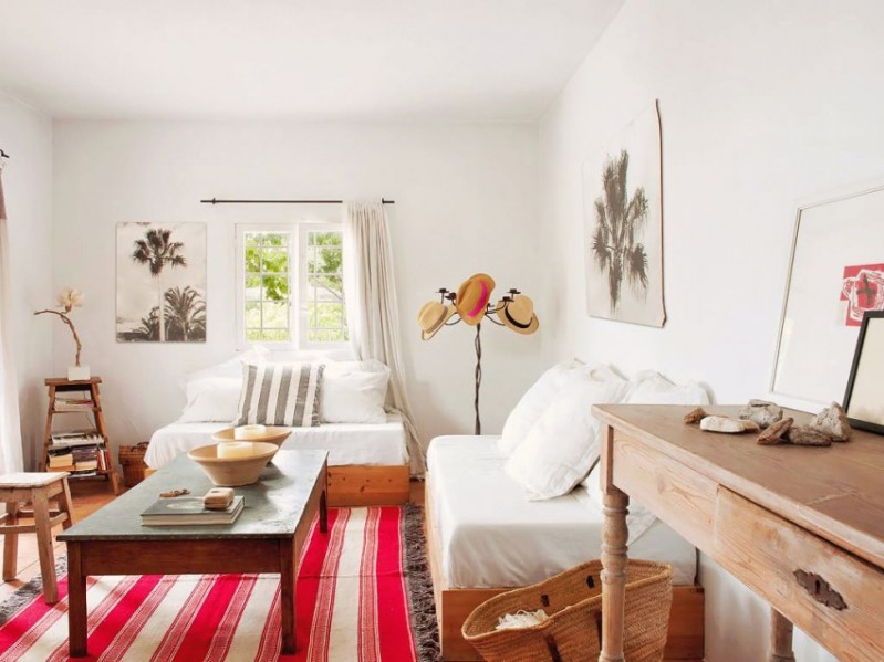 mueble de madera natural