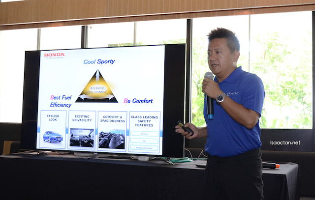 Ivan Khong, going through the safety features, as well as key selling points of the Honda City