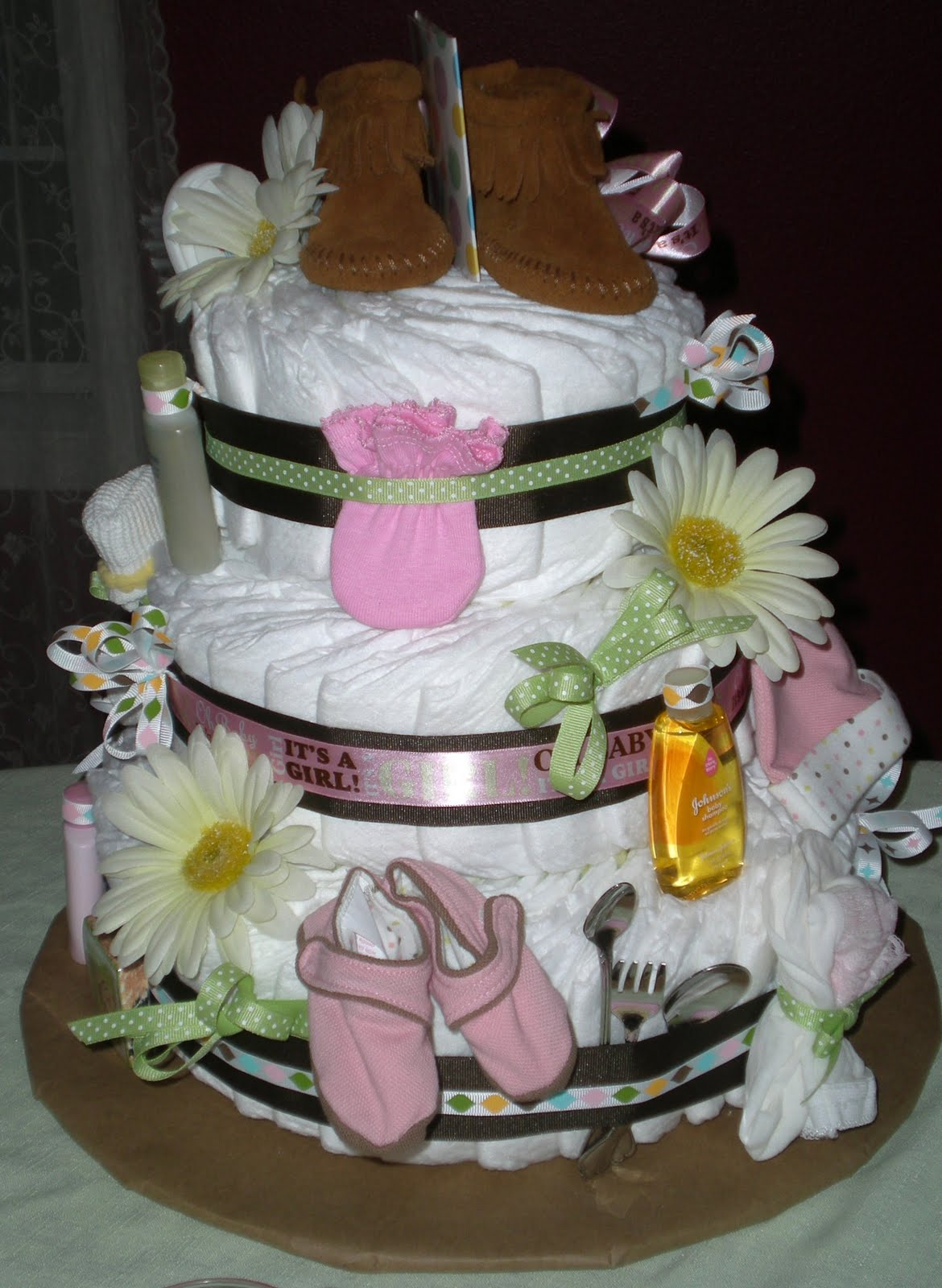 How To Make Disposable Diaper Cake