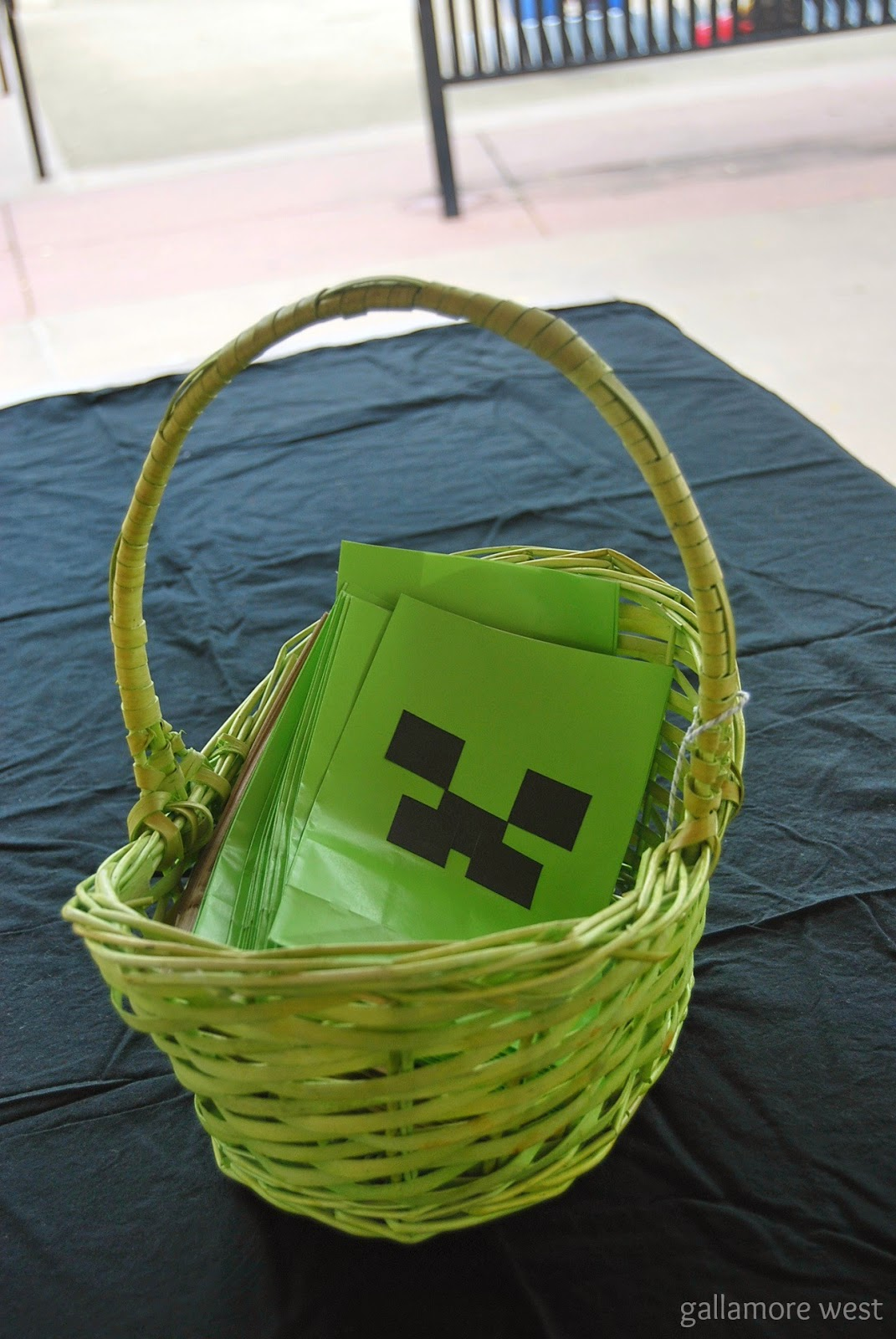 Minecraft Party Ideas at www.gallamorewest.com