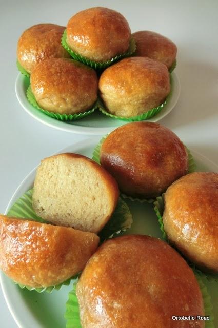 Pan di Pane: Ricetta Babà con bagna di rum o limoncello, vegan.
