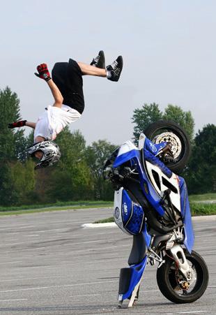 Super Fast Bikes Bike Stunts Wallpapers Hd