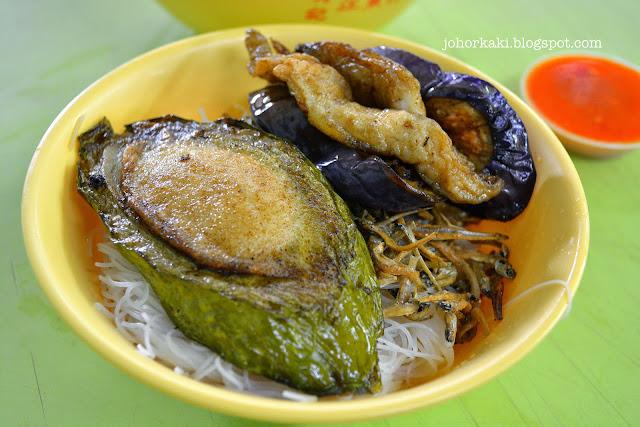 Xiu-Ji-Ikan-Bilis-Yong-Tau-Fu-秀记江鱼仔酿豆腐