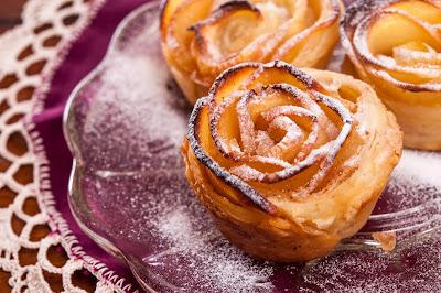 Розички от бутер тесто и ябълки
